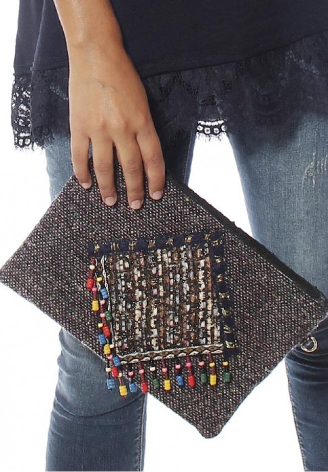Clutch tweed abalorios