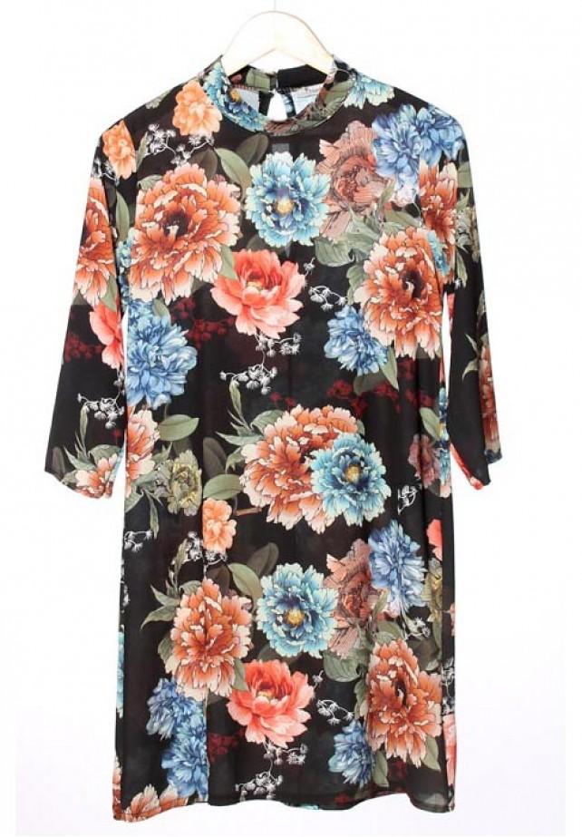 Vestido flores cuello alto